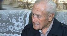 97岁美裔委员希望看到政改成果
