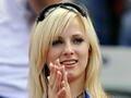 波兰美女球迷看台抢镜 球队输球黯然神伤