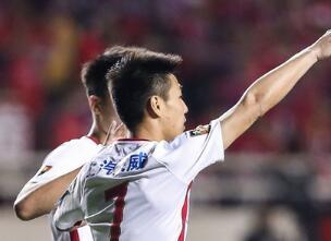 上港客场1-0陕西将战人和 武磊制胜球+空门不进