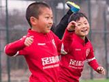 足球小将横空出世!这样的偶像团体才应该是榜样!