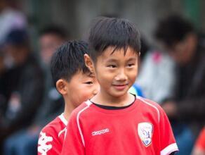"""八岁小将零度角破门!""""小梅西""""CC世界波惊为天人!"""
