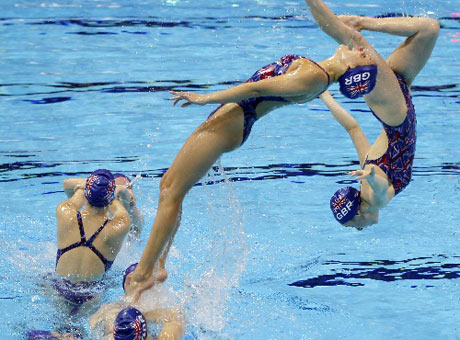 金牌人物-英国花样游泳队