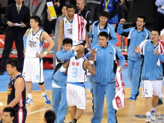 北京队庆祝胜利