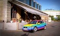 穿上彩虹外衣的沃尔沃C30如此绚烂