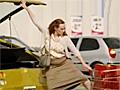 超级笨女屌丝大战汽车