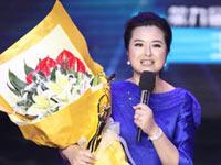 优秀电视节目主持人奖:张泉灵